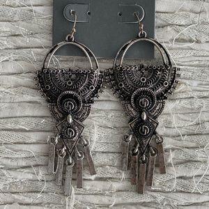 Dylanlex silver fringe earrings